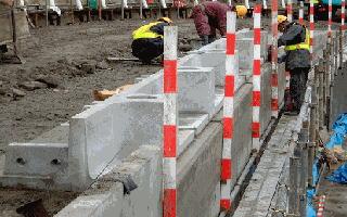テールアルメ盛土壁への設置